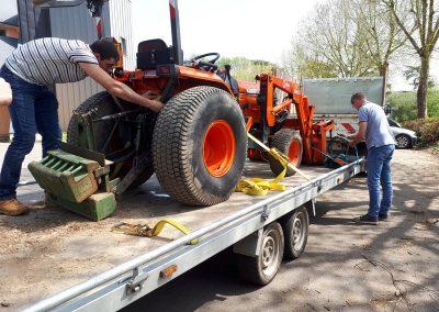 Arrimage mini-tracteur (4)
